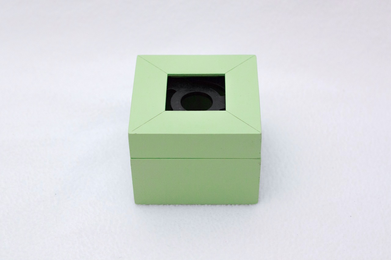 Lime Square Box 1